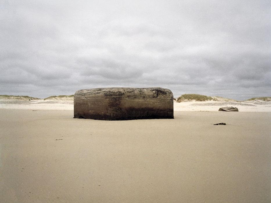 http://www.experiments.fr/files/gimgs/th-4_julie-hascoet_murs-de-l-atlantique_17.jpg